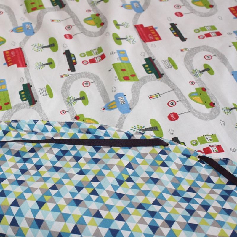 tapis de jeux nomade une fois que le temps de jeu est termin il ny a qu refermer le sac les. Black Bedroom Furniture Sets. Home Design Ideas